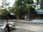 神戸神社10.05.04境内.jpg